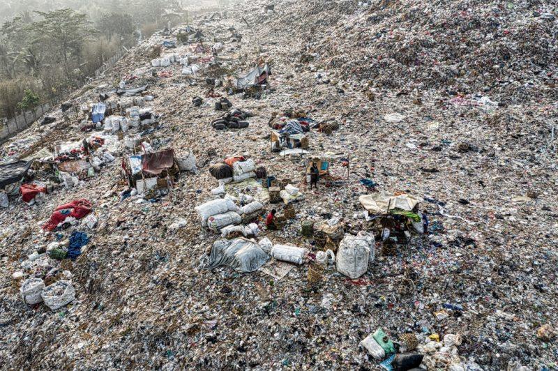 China has a plastic problem